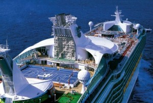Navigator-of-the-Seas-700-campo